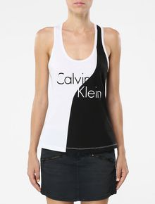REGATA-CALVIN-KLEIN-SWIMWEAR-ESTAMPA-FRENTE-E-COSTAS-PRETO