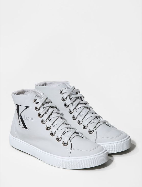 TENIS-CALVIN-KLEIN-JEANS-CANO-ALTO-RE-ISSUE-LOGO-LEATHER-OFF-WHITE