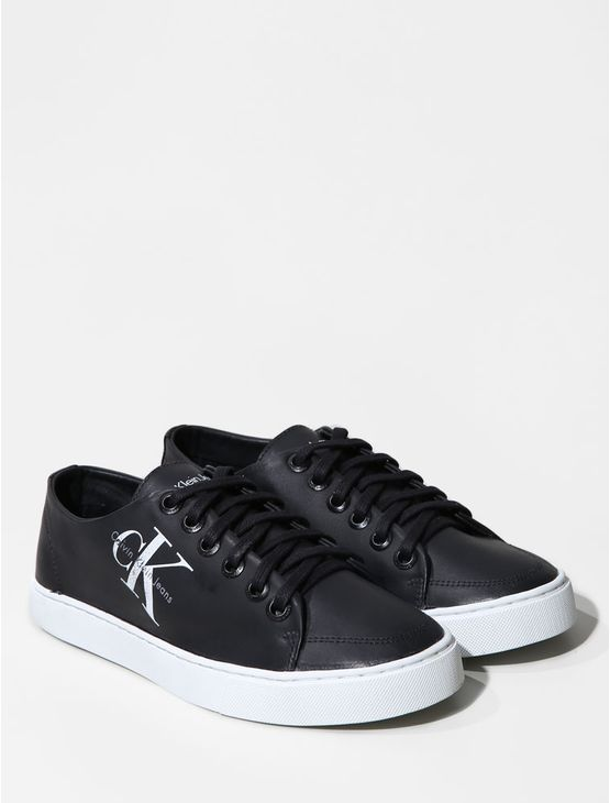 TENIS-CALVIN-KLEIN-JEANS-CANO-BAIXO-RE-ISSUE-LOGO-LEATHER-PRETO