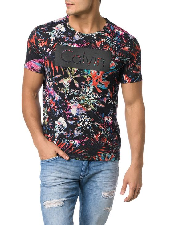 CAMISETA-CALVIN-KLEIN-JEANS-ESTAMPA-IOWA-COLORS-PRETO