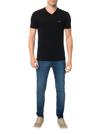Camiseta-Gola-V-Slim-Calvin-Klein-Estampa-3D-Preto