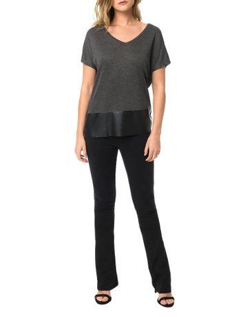 Blusa-Calvin-Klein-Jeans-Com-Recortes-Em-Pu-Chumbo