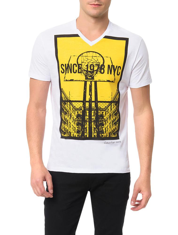 Camiseta Calvin Klein Jeans Estampa Basquete Branco - Calvin Klein 895b00022c