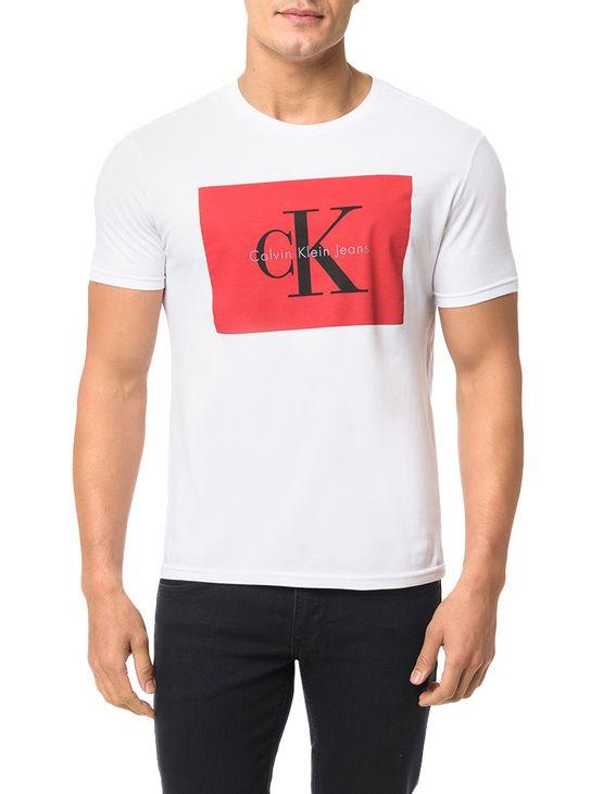 Camiseta-Calvin-Klein-Jeans-Estampa-Etiqueta-Ck-Branco