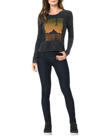 Blusa-Calvin-Klein-Jeans-Com-Lavanderia-e-Estampa-Frontal-Grafite