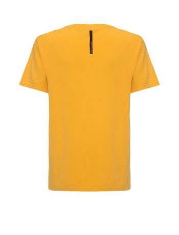 Camiseta-Infantil-Calvin-Klein-Jeans-Estampa-Frontal-Amarelo-Ouro