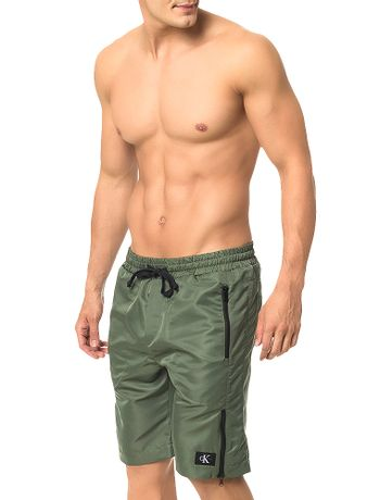 Bermuda-Calvin-Klein-Jeans-Listra-Ziper-Militar