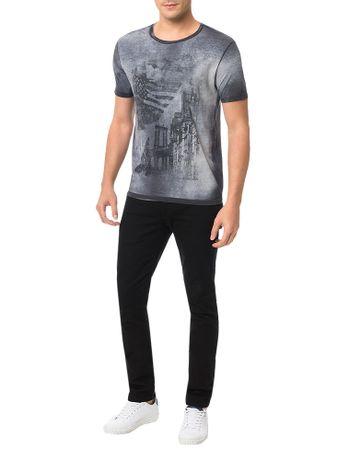 Camiseta-Calvin-Klein-Jeans-Estampa-Surtom-Desgastada-Grafite