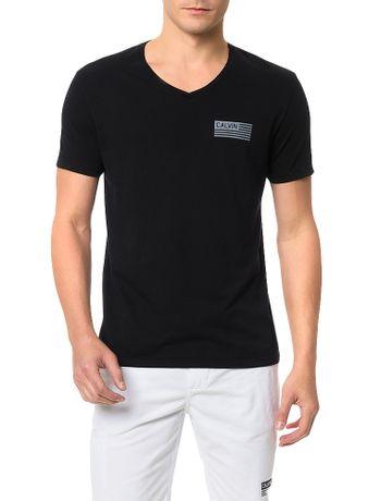 Camiseta-Calvin-Klein-Jeans-Estampa-Bandeira-Calvin-Preto