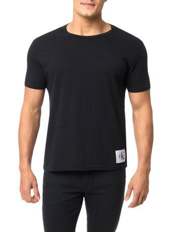 Camiseta-Calvin-Klein-Jeans-Etiqueta-CK-Preta