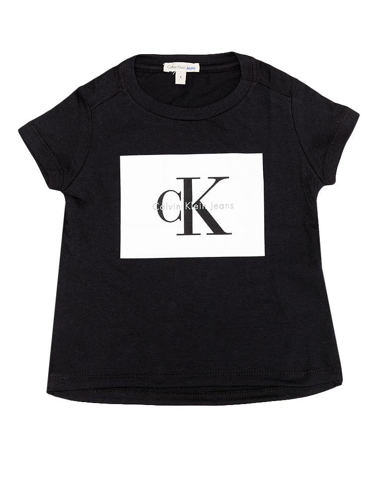 aa7c4972fc4e7 Blusa Infantil Calvin Klein Jeans Estampa Frente Preto - Calvin Klein