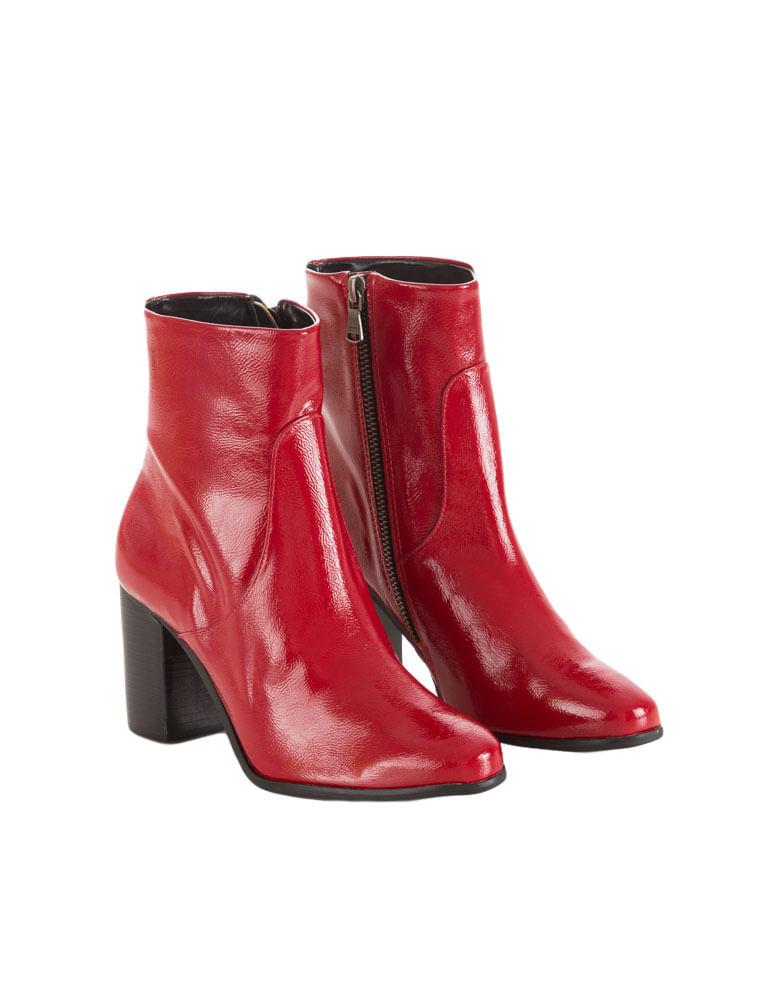 5e768399f7caf ... Bota Cano Médio Calvin Klein Jeans Verniz Vermelho - Calvin Klein  ec6d1e6e49b4c8 ...
