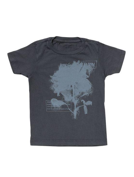 Camiseta-Infantil-Calvin-Klein-Jeans-Estampa-Frontal-Cinza-Grafite