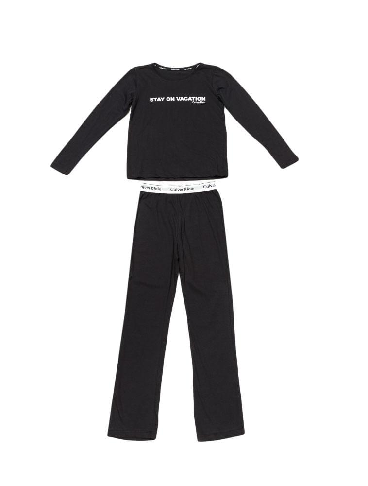 Pijama-Calvin-Klein-Underwear-Camiseta-Manga-Longa-e-Calca-De-Meia-Malha-Preto.  Loading zoom 585a07fbee
