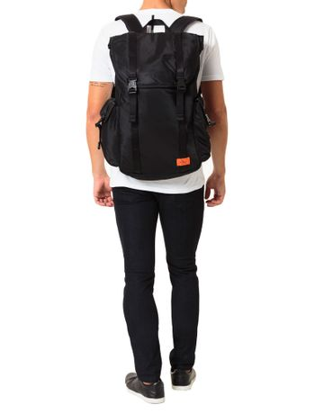 Mochila-Calvin-Klein-Jeans-Nylon-Re-Issue-Utilitar-Preto