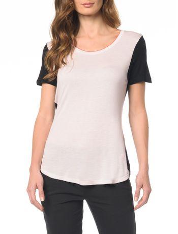 Camiseta-Bicolor-Com-Detalhe-Na-Gola