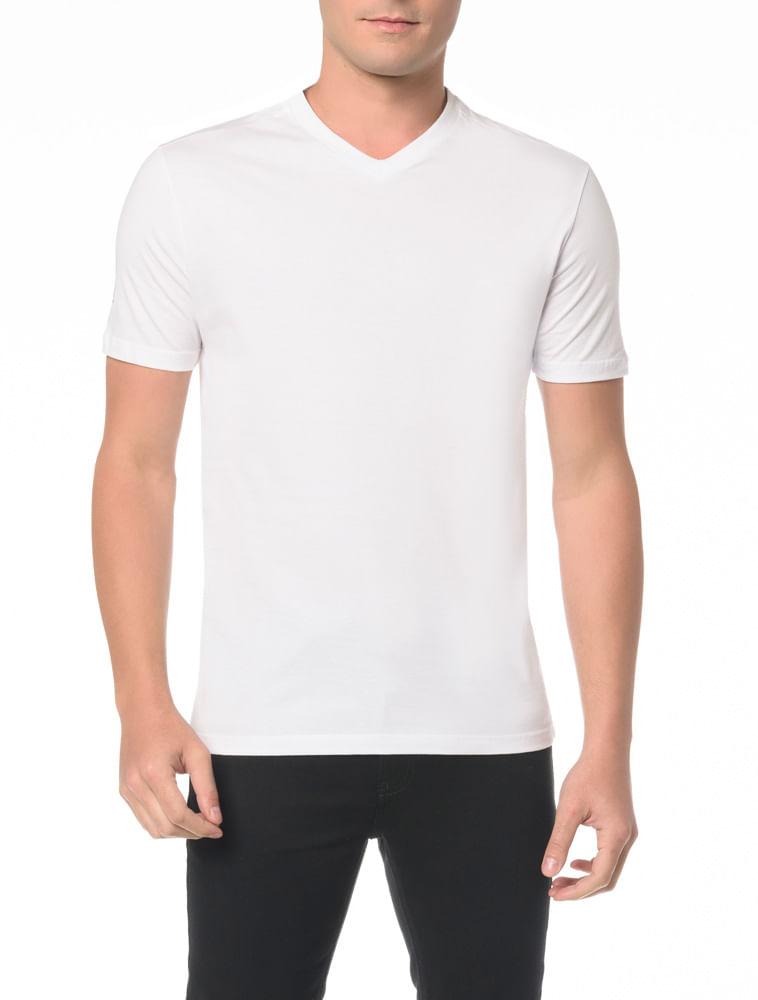 d0acf4a1e Camiseta Slim Gola V Com Estampa Fita - Calvin Klein