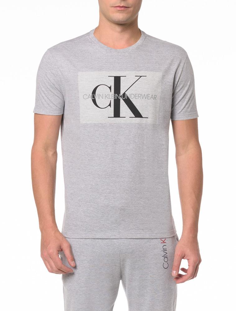 7527e09f3 Camiseta M C De Algodão - Calvin Klein