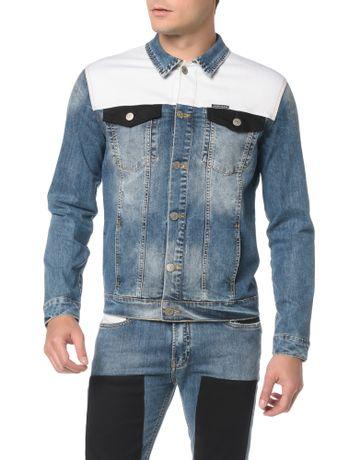6b195ecef7563 Jaqueta Jeans Trucker. Jaqueta Jeans Trucker · comprar. Calvin Klein Jeans