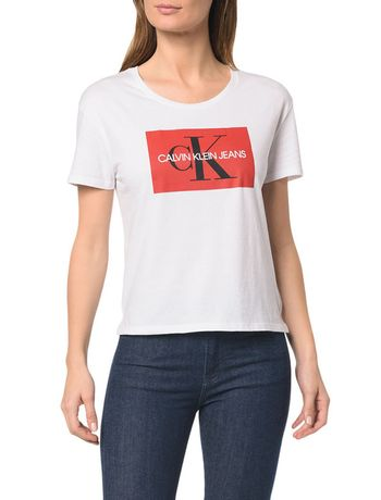 Feminino - Roupas - Camisetas + Blusas Fitness – Calvin Klein 6c967a8d56