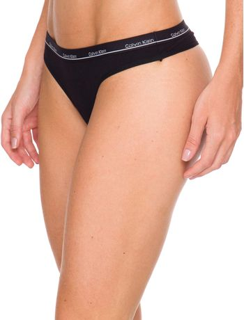 Kit-2-Calcinhas-Fio-Dental-Calvin-Klein-Underwear-Elastico-Logo-Preto---Branco---M
