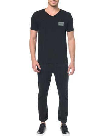 Camiseta-Ckj-Mc-Estampa-Quadrado-Peito---PP