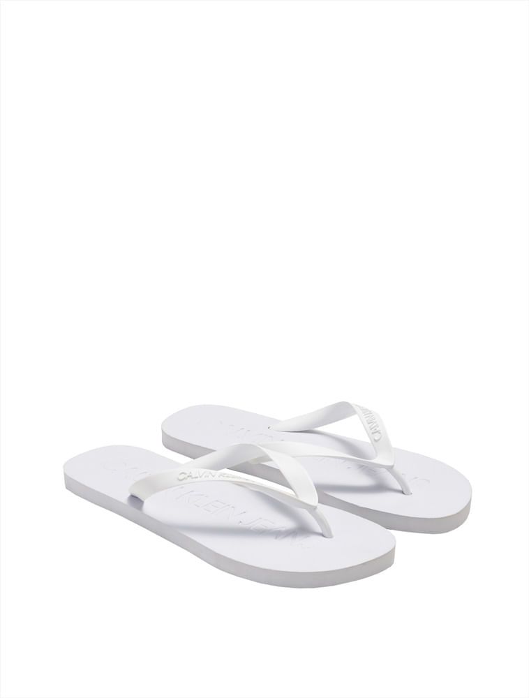 93e4928bd Calvin Klein · Outlet · Acessórios · Calçados · Chinelo -Ckj-Fem-Logo-Baixo-Relevo---Branco-2-