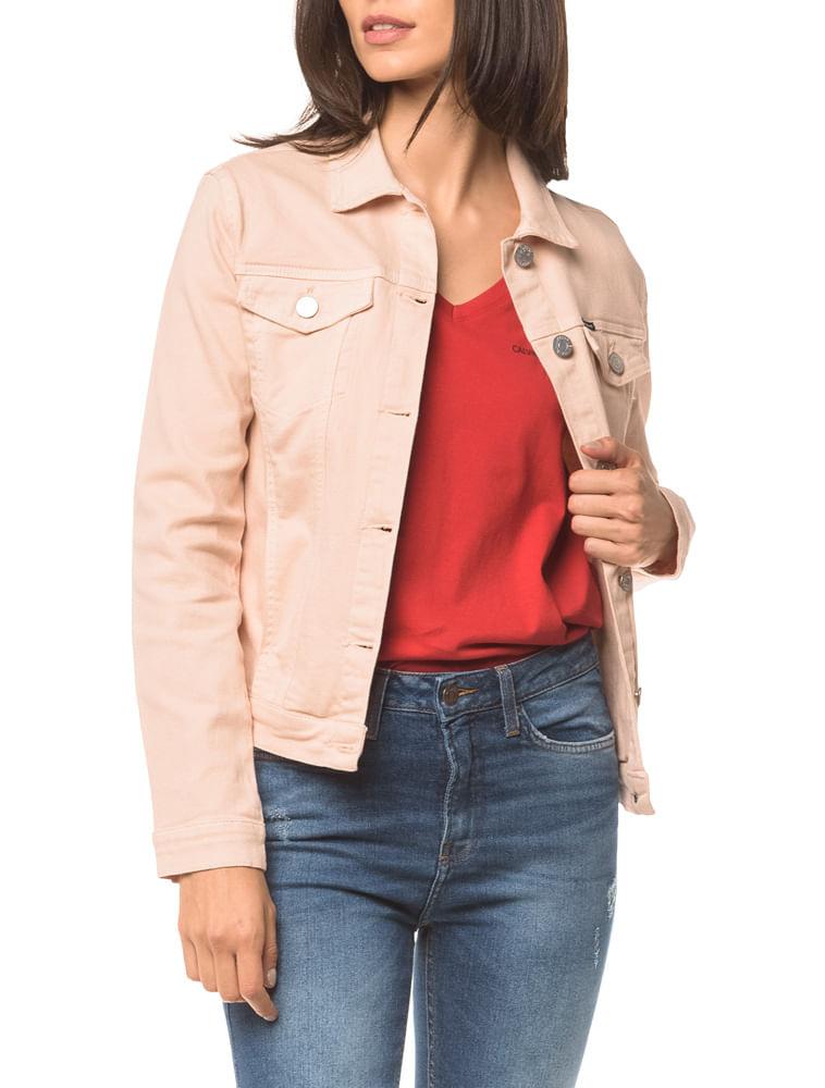 fc5dadee6d8c Jaqueta Jeans Color Trucker - Rosa Claro | Calvin Klein - Calvin Klein