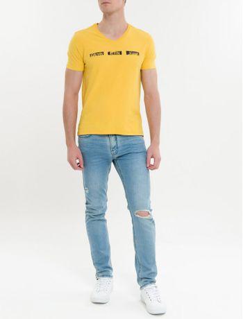 Camiseta-Ckj-Mc-Est-Logo-Pintura---Mostarda