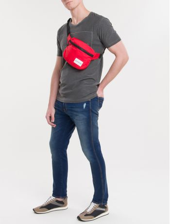 Pochete-Ckj-Masc-Quadrada-Logo---Vermelho-