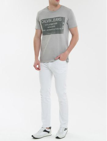 Camiseta-Ckj-Mc-Ticket-Calvin-Jeans---Cinza-Claro