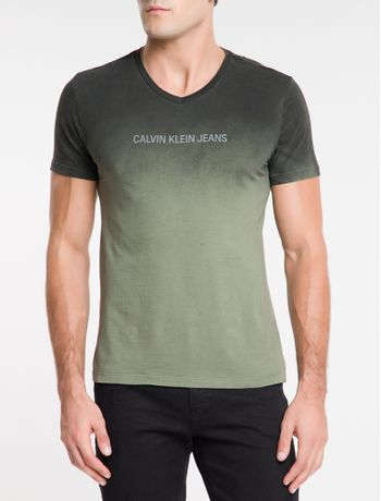 Camiseta-Ckj-Mc-Dec.V-Logo-Degrade---Preto-