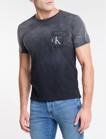 Camiseta-Ckj-Mc-Bolso-Frontal-Com-Est-Ck---Chumbo-