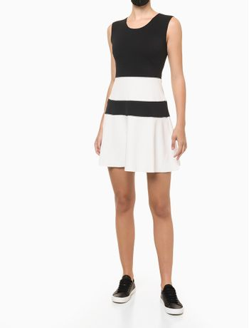 Vestido-Rodado-Calvin-Klein---Preto---M