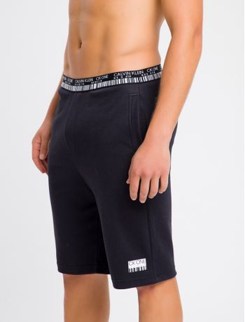 Bermuda-Moletom-Masculina-CK-One-Barcode-Preta-Loungewear-Calvin-Klein