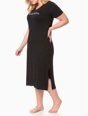 Pijama-Feminino-Camisola-Longa-Fendas-Laterais-Plus-Size-Preto-Calvin-Klein